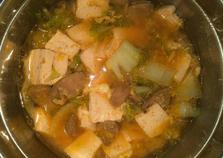 Sundubu jjigae (순두부찌개) korean spicy tofu soup simple