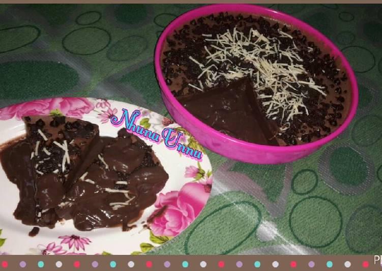 Puding coklat meleleh