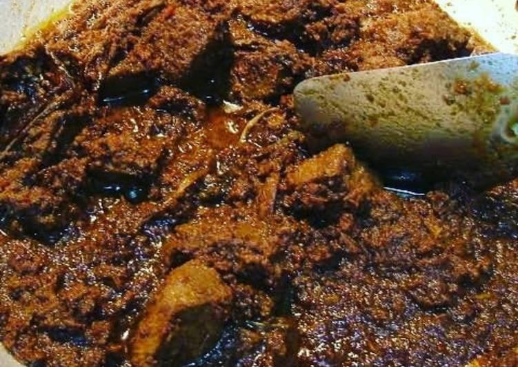 Rendang daging dan jengkol asli