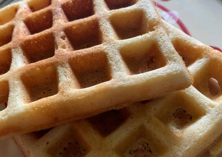 Semovita waffles