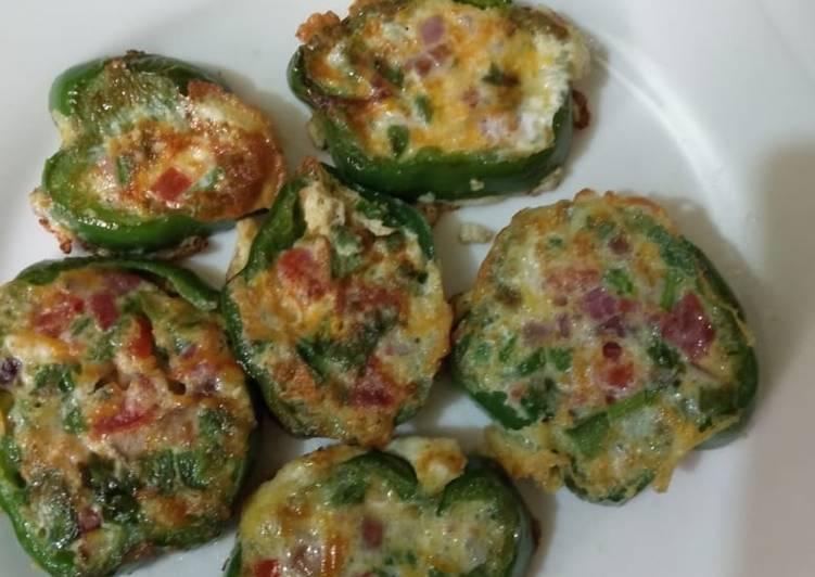 Omelette (in green pepper rings)