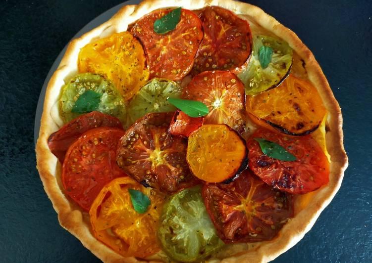 Tarte à la tomate colorée