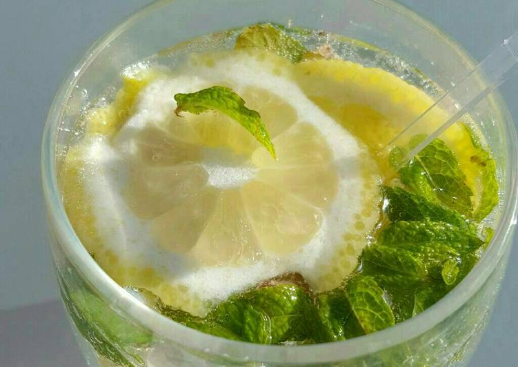 Virgin fake mojito