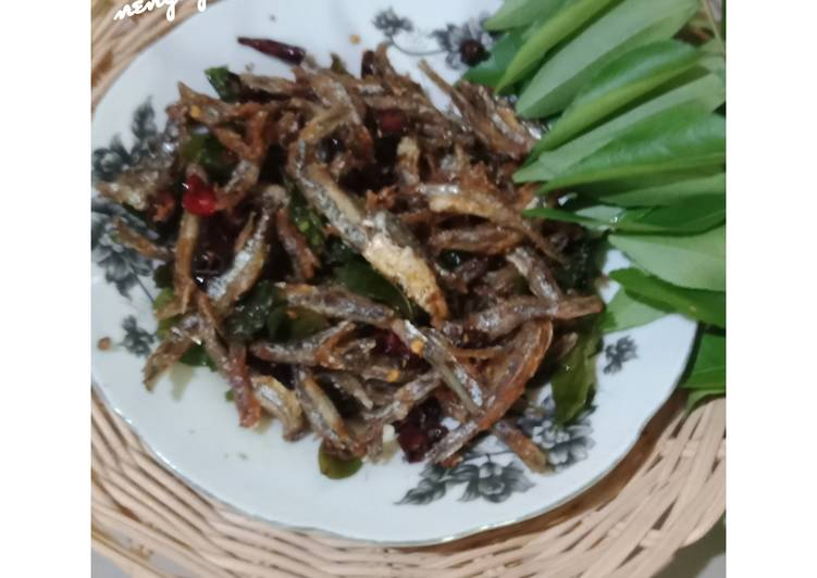 Resep: Yummy Bileh(teri)goreng ala ayam tangkap