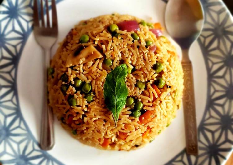 Recipe of Perfect Chinese fried rice😋