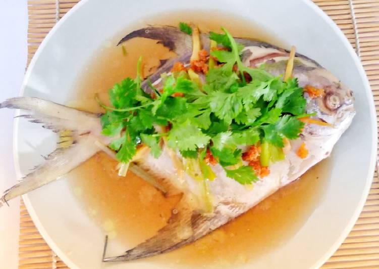 Langkah Mudah untuk memasak Tim Ikan Bawal Putih yang Lezat