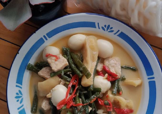 sambel goreng kacang panjang (krecek, tempe dan telur puyuh) - resepenakbgt.com