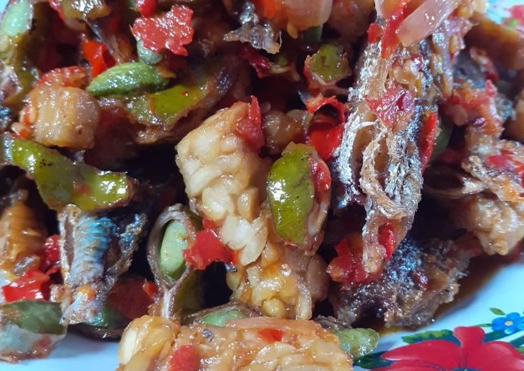 Sambal goreng ikan tempe + pete