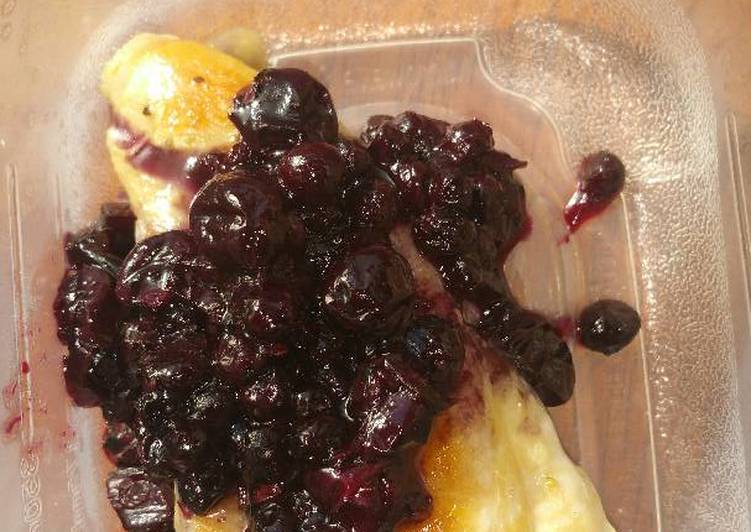 Steps to Make Speedy Blueberry-Chili Chicken