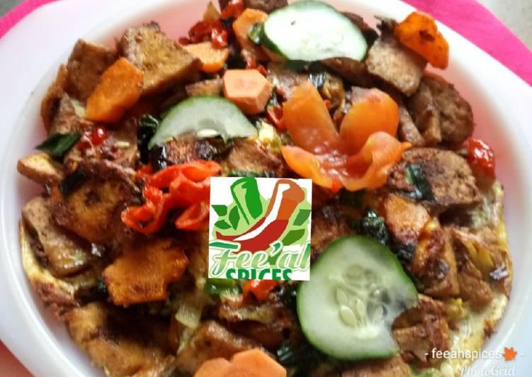 African Cuisine Pizza Awara