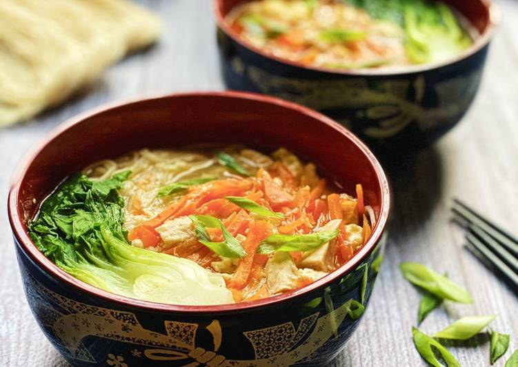 Recipe: Tasty Egg Misua Noodles Soup
