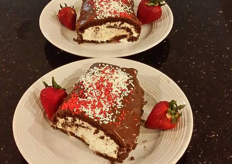 Chocolate Strawberry Cream Cake Roll