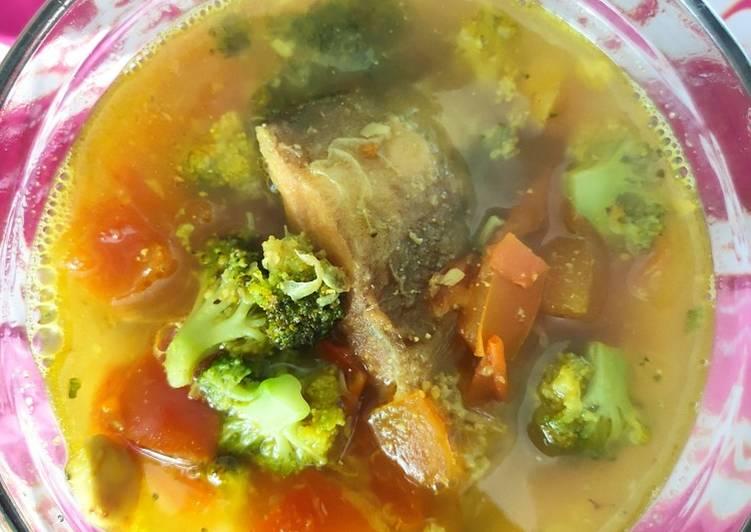 Mangut ikan bawal putih brokoli