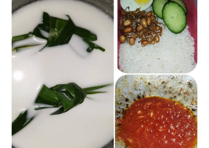 Nasi Lemak dan sambal tumis