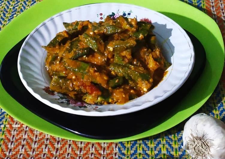 Simple Way to Prepare Any-night-of-the-week Dahi bhindi(curd okra)