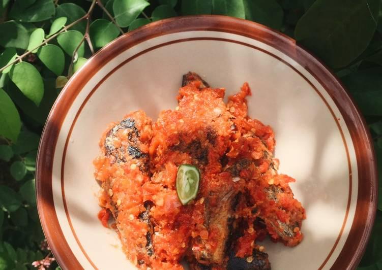 Ikan Pindang Sambal Tomat