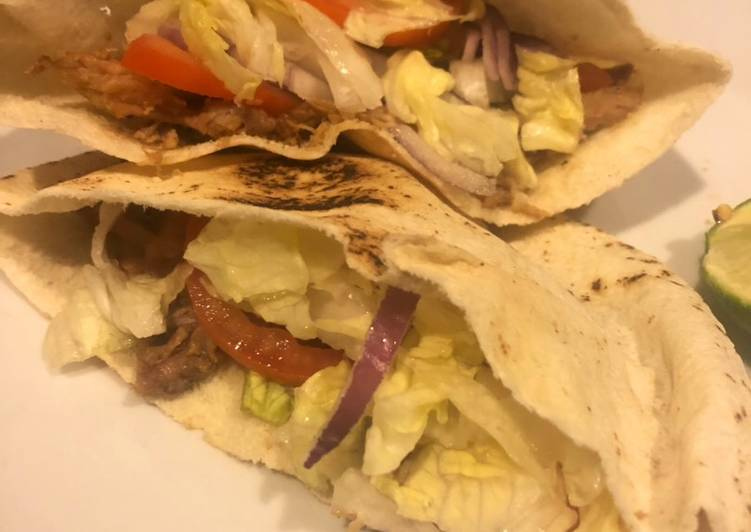 Recipe: Yummy Pita sandwich stuffed with leftover pork shoulder