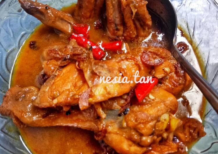 5. Semur Ayam Kecap