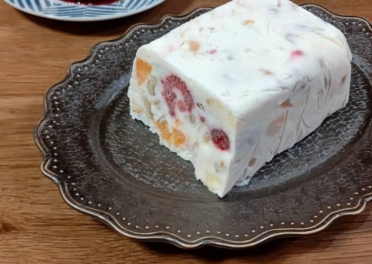 ★Semifreddo made with drained yogurt★