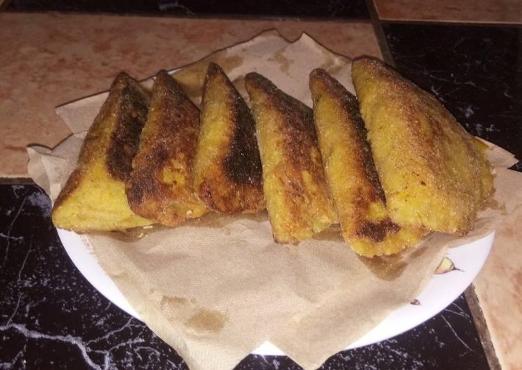 Empanadas ticas de plátano maduro