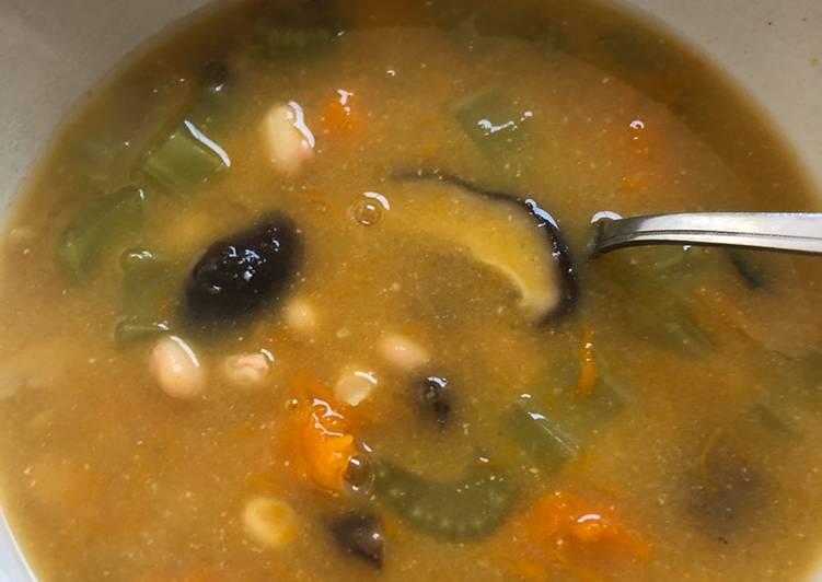 Eat Better White bean and vegetable soup - vegan