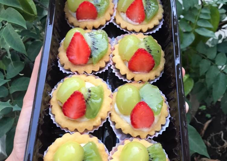 Resep Baby Fruit Tartlet (Pie Buah Mini) Top