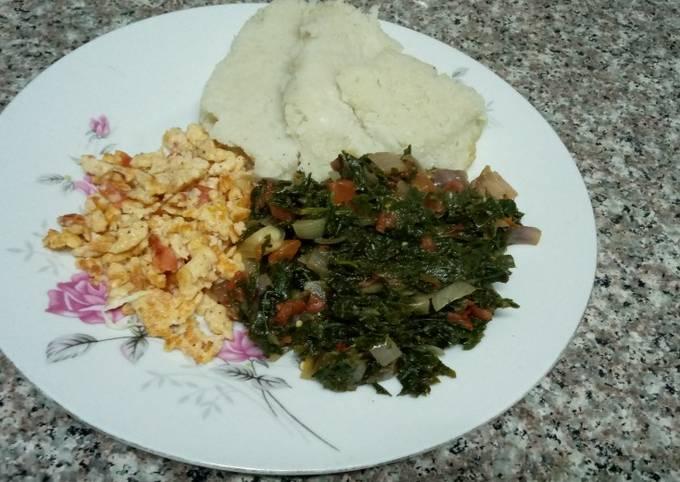 Ugali, scrambled eggs & greens