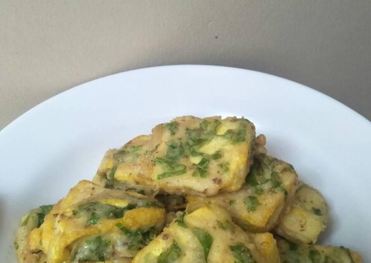 Tahu goreng tepung with selada