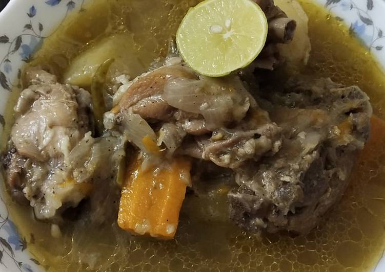 How to Make Delicious Chicken Stew in Kolkata Style