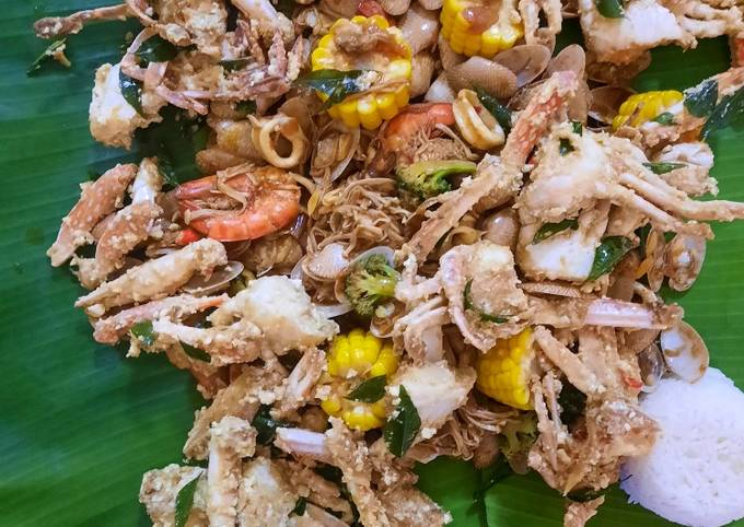 Shellout Salted Eggs Crab
