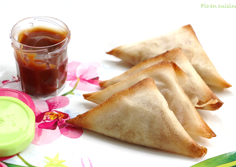 recette Samoussas sucrés à la pomme et à la crème de caramel au beurre salé délicieux