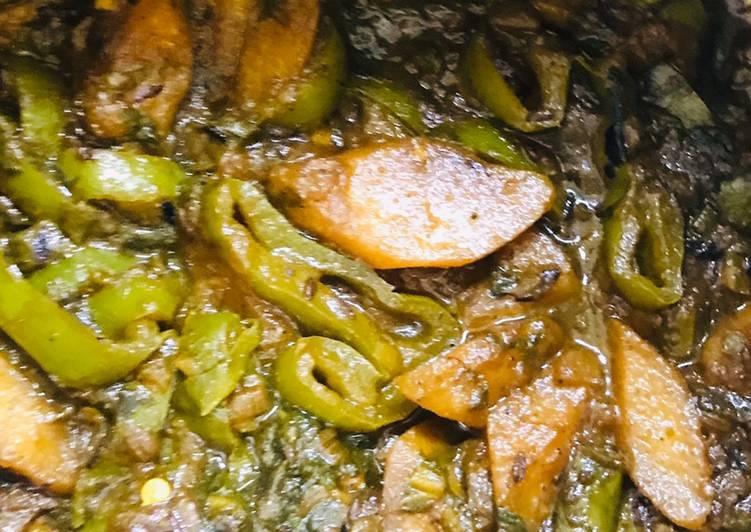 Stir fry allu,palak, capsicum