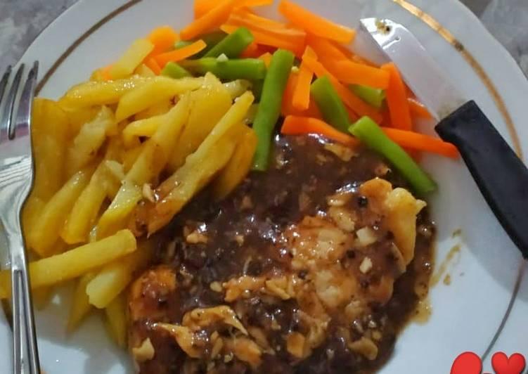 Chicken Steak With Blackpaper Sauce