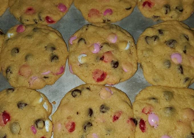 Valentine's Day chocolate chip and m&m cookies
