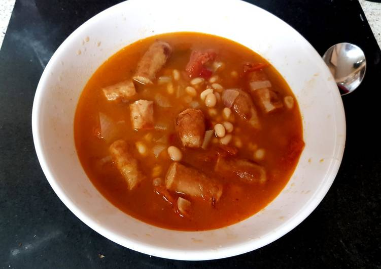 My Chilli Sausage + Tomato Soup with Haricot beans 😘