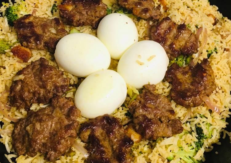 Easiest Way to Prepare Award-winning Veg rice with eggs and keema bora