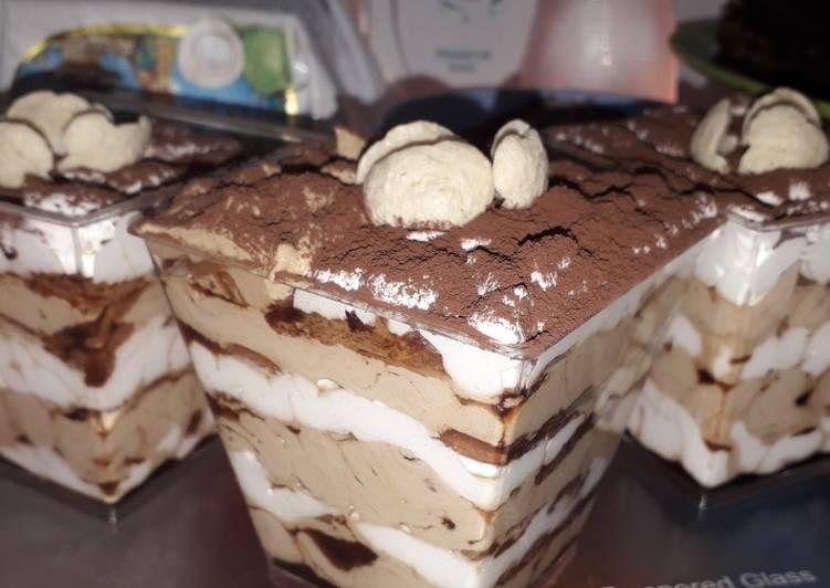 Tiramisu Dessert Box Ekonomis