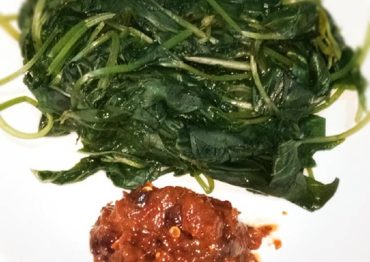 Glandir sambel asem endolita (daun ubi)