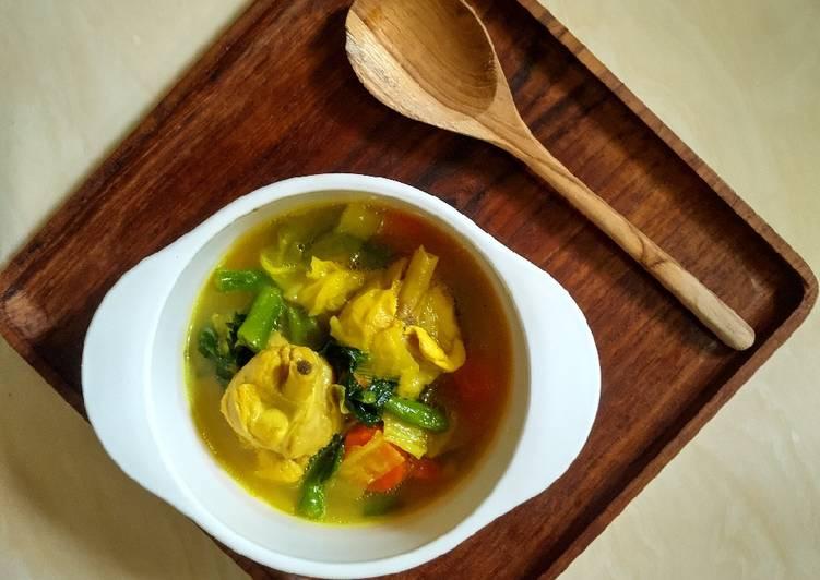 Cara Bikin Sup Ayam Kuah Gurih Dan Kental - Bubur nasi ini kemudian dilengkapi dengan.