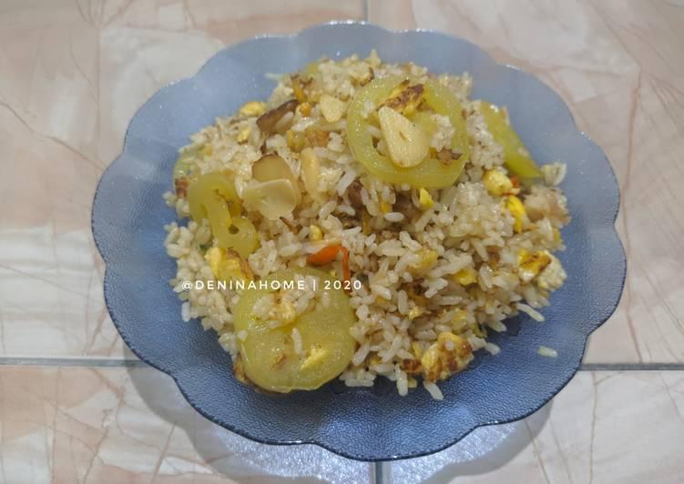 Langkah Mudah untuk Membuat Nasi Goreng Mawutruwetuwet  Anti Gagal