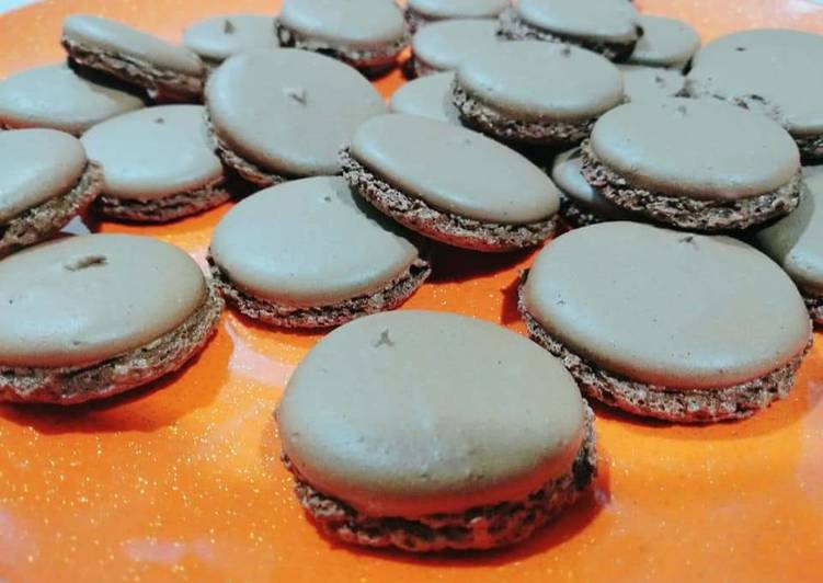 Recipe of Perfect Chocolate Macaroons with Chocolate Ganache