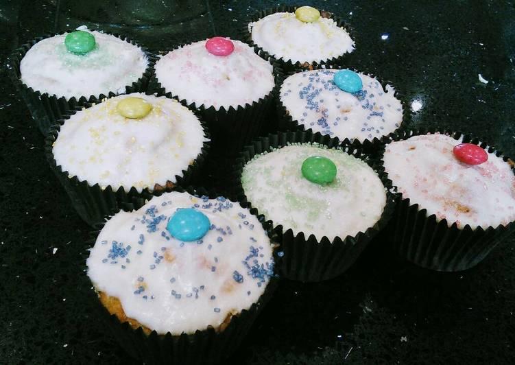 Best Vanilla Piñata Cupcakes