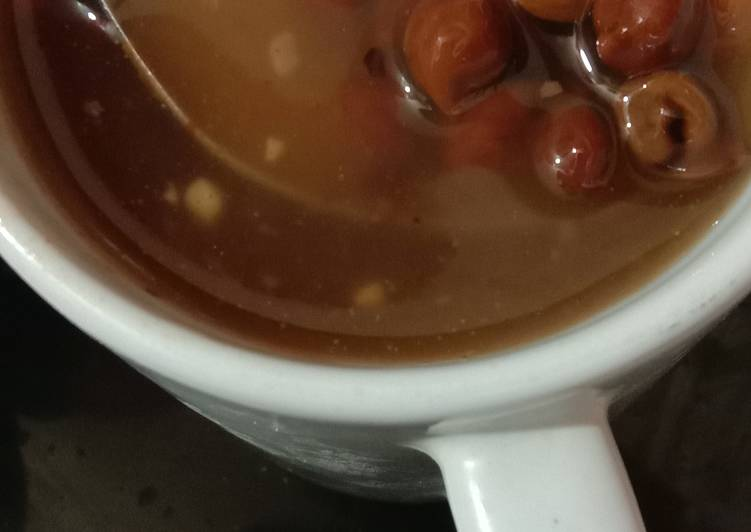 Hot and sour Soup with black chana