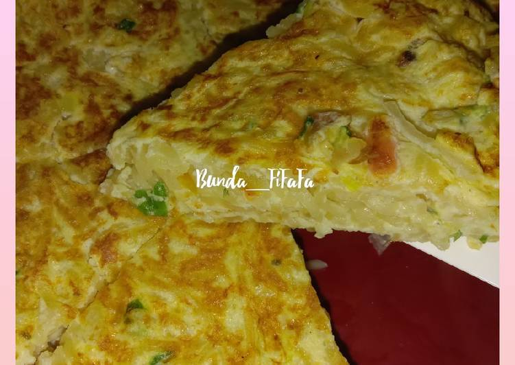 Martabak Mie (omelet)
