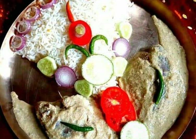 Consuming 14 Superfoods Is A Superb Way To Go Green And Be Healthy Spooky halloween Malai pomfret