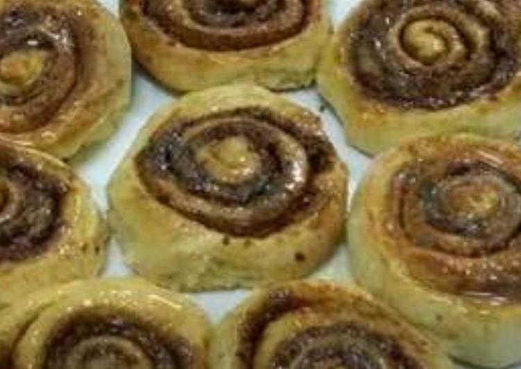 How to Prepare Appetizing Gooey Cinnamon Rolls