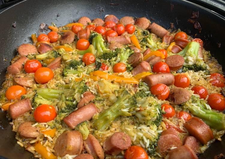 Recette Appétissante Riz sauté aux saucisses sur BBQ au charbon