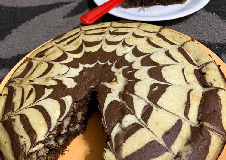 Steps to Make Speedy Chocolate Marble cake