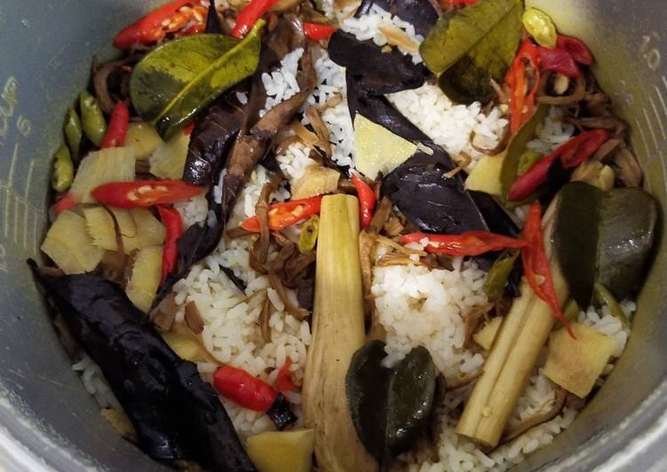 Nasi Liwet Vegan Rice Cooker Simple Enak