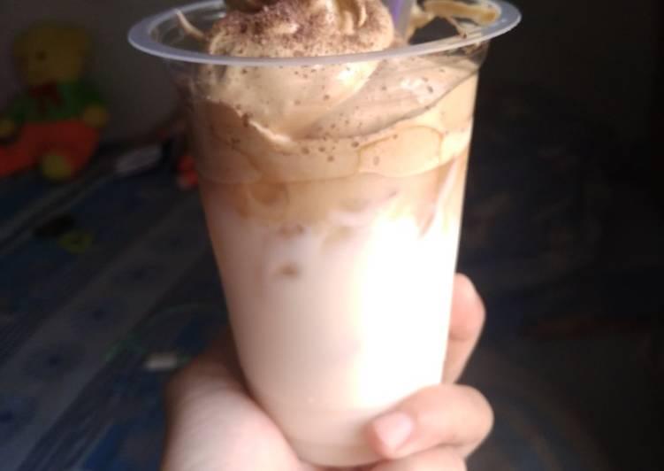 Dalgona coffe yang ke 2